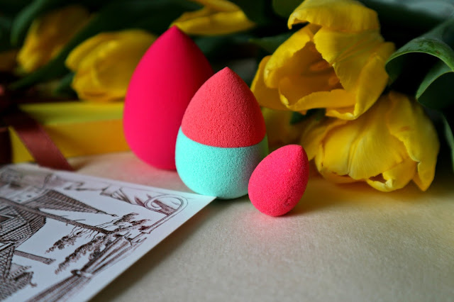 Two Tone Teardrop Shape Beauty Blenders