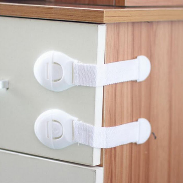$0.70 / €0.60 Postage for 2Pcs Adhesive Baby SafetyLock for Door/Cabinet/Drawer