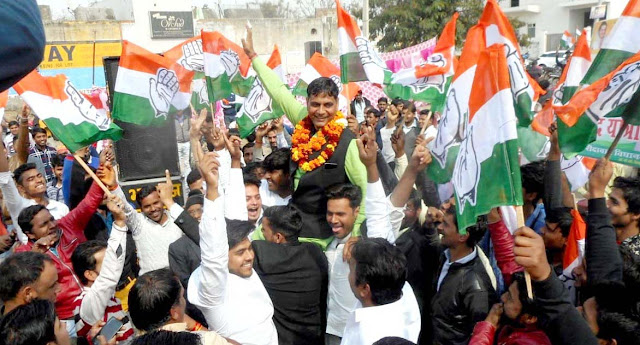 Congress OBC Regional President Lalit Bhadana released the 'Power Transit Tourism'