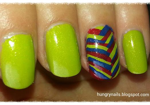 http://hungrynails.blogspot.de/2013/08/fischgraten-design.html