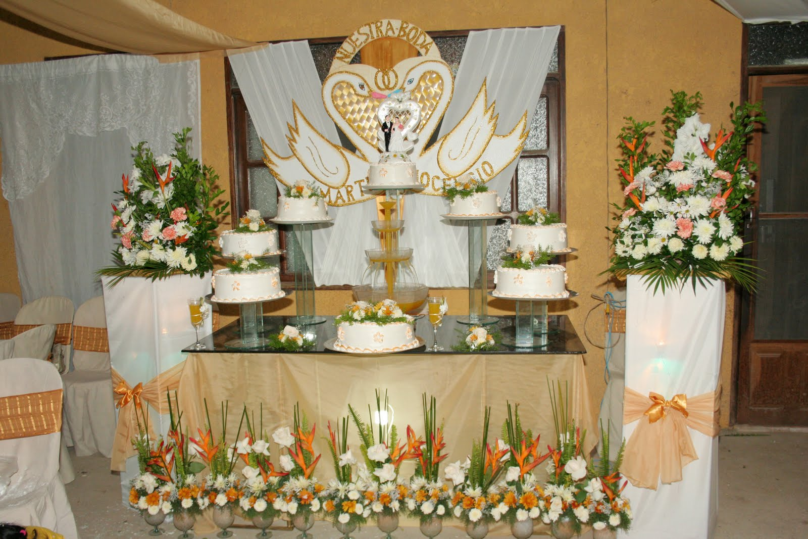Como Decorar Un Pastel De Boda Civil Facil Y Rapido: Decoraciones De Bizcochos Cake Ideas And Designs