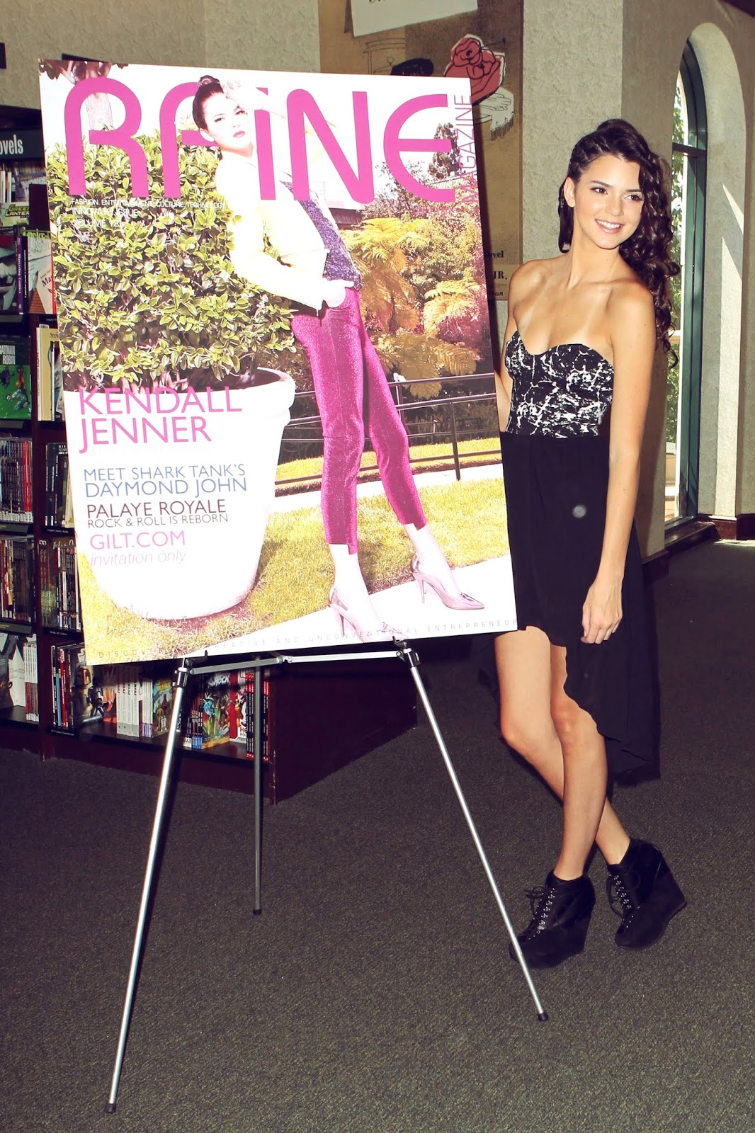 05 - Signing and Autograph RAINE Magazine at Barnes & Noble on August 18, 2012