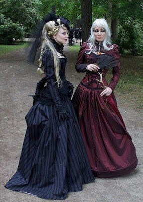 Steampunk Bell Skirt style is from the victorian era and was worn with layers of petticoats and hoop or cage crinoline