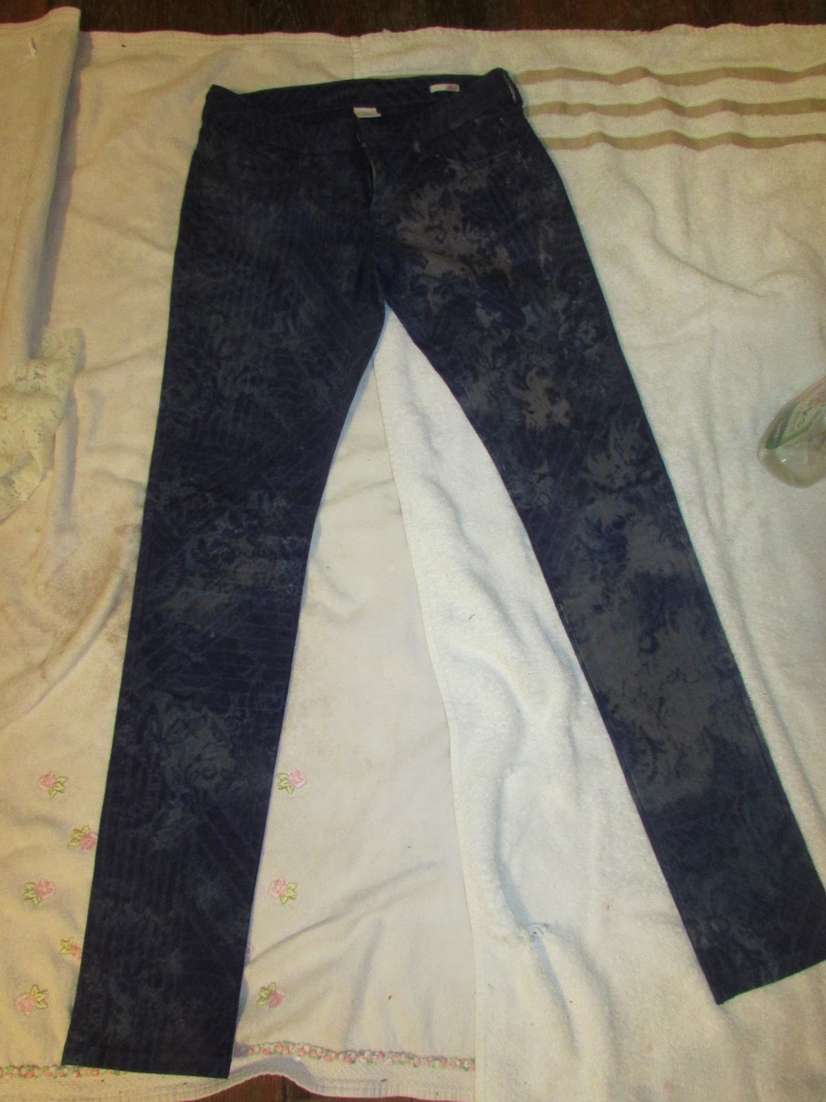 DIY Bleaching Jeans | following wonderland