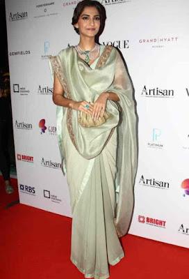 Sonam Kapoor double pallu saree draping, double drape saree style, double pallu saree, how to wear double drape saree, How to wear double pallu saree, Sonam kapoor saree in double pallu