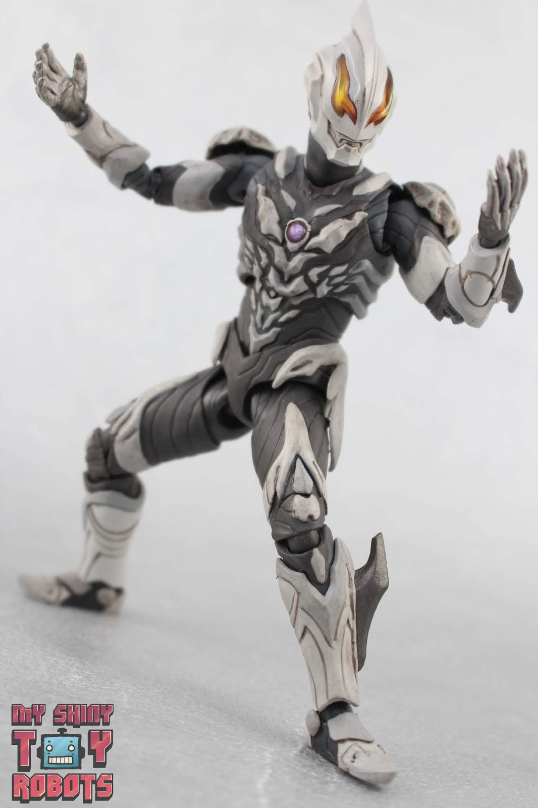 My Shiny Toy Robots Toybox Review S H Figuarts Ultraman