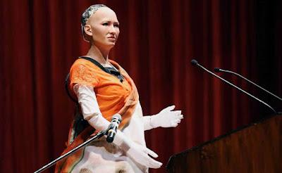 Humanoid Sophia on India's visit