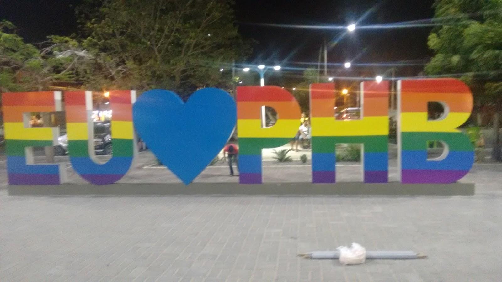 Hoje tem Parada LGBT em Parnaíba, Piauí, com show do É o Tchan