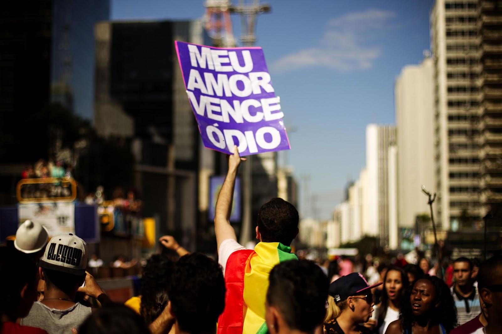 ONU diz que liberdade religiosa não pode justificar violações de direitos das pessoas LGBT