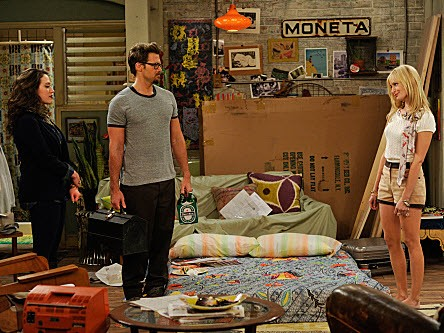 2 Broke Girls - Season 1 Episode 06: And the Disappearing Bed