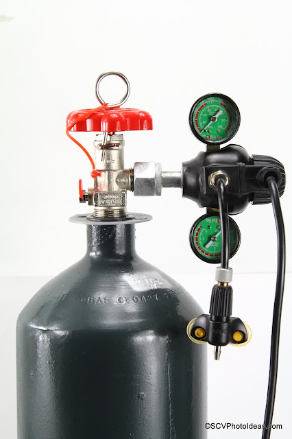 Red Sea CO2 regulator mounted on 5kg Cylinder