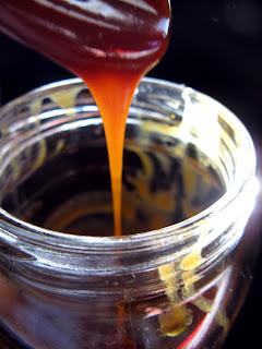 new oct+121a Caramel Sauce