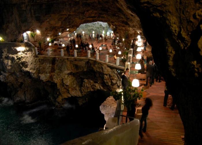Grotta Palazzese - ресторан у моря 2