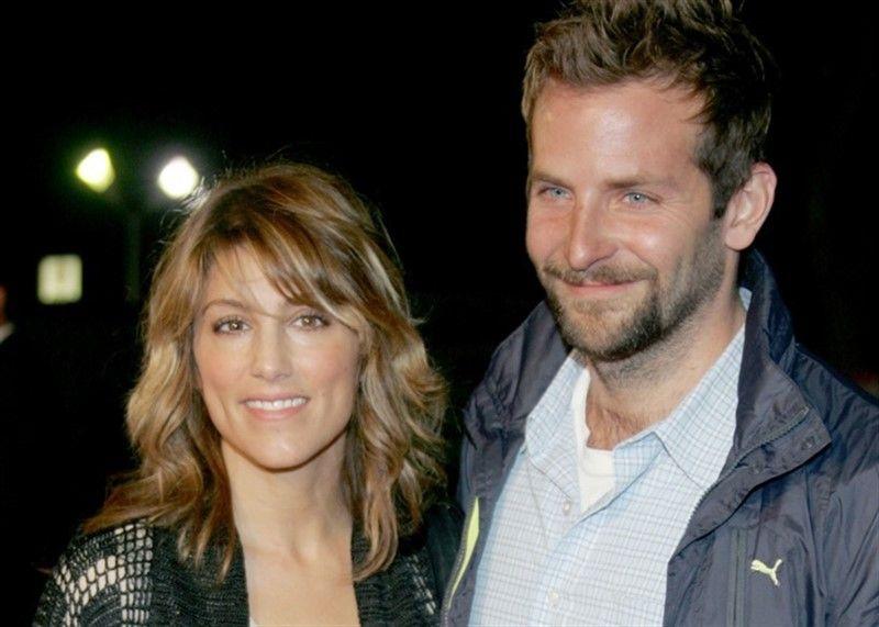 La exesposa de Bradley Cooper habló de los rumores de romance con Lady Gaga