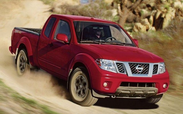 2019-Nissan-Frontier-pickup-red
