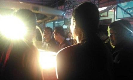 Jenazah TKW Hong Kong yang Terjatuh Dari Lantai 11 Sampai Di Rumah Duka, Keluarga Histeris