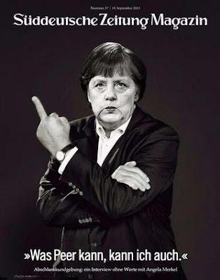 Angela Merkel zeigt in der Süddeutschen Zeitung Stinkefinger lustig
