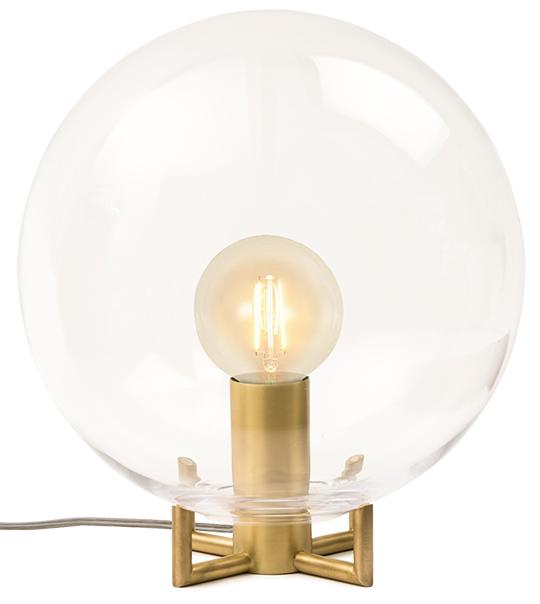 Vasen Orb fotomonterad som en lampa. Bilden är alltså ett fotomontage   www.var-dags-rum.se