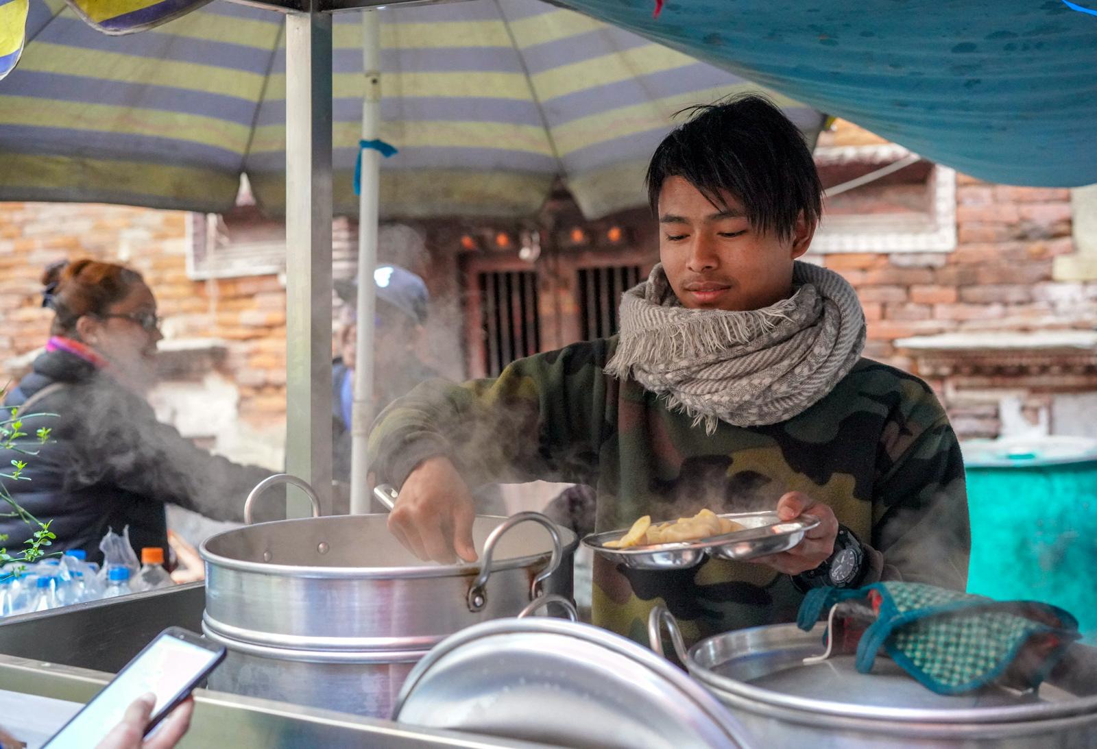 momos, nepal