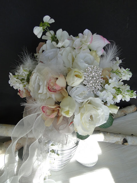 wedding bouquets thunder bay The Camellia