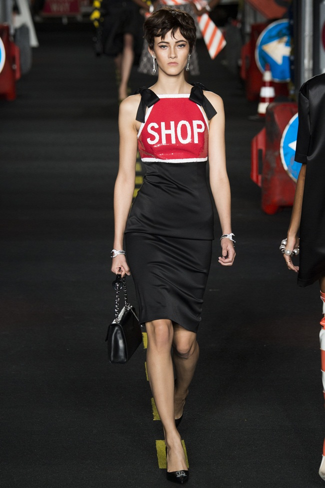 2016 SS Moschino Shop Dress on Runway