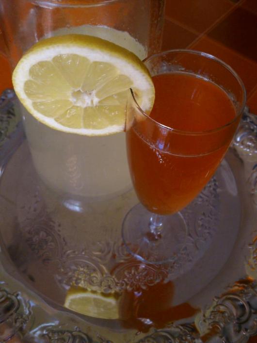 Λικέρ φράουλα-λεμόνι