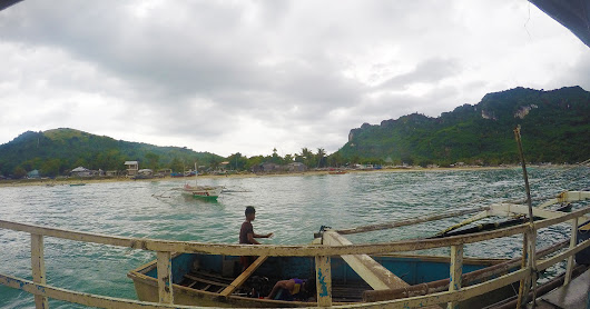 Island Hopping at Gigantes Island