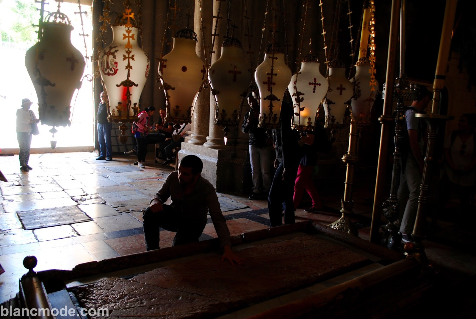 church of the holy sepulchre where Jesus was cleaned after crucifixion