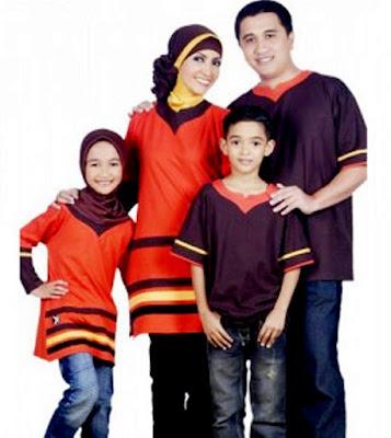 Contoh Baju Kaos Muslim Family Gathering Modern
