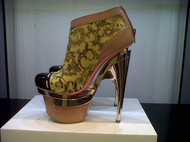 Versace Shoes Black Friday