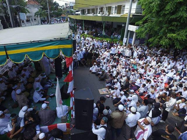 Masyayikh Ploso Kediri Melarang ikut Demo