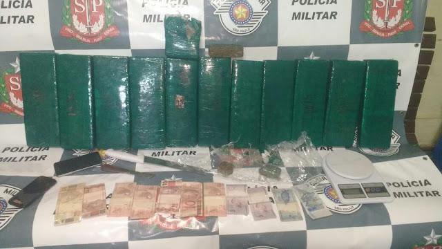 PM de Pinhal apreende mais de 12kg de maconha e detém três pessoas