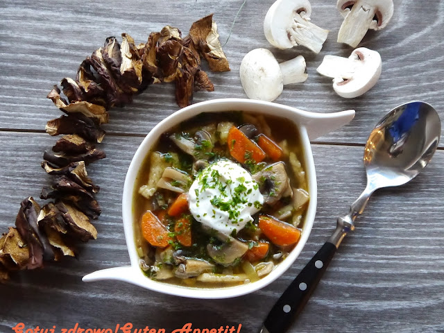 Zupa pieczarkowa - pyszna. Znaczenie zup  - Czytaj więcej »