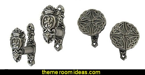 Medieval Lion Head Wall Mount Weapon Hooks Set  Celtic Knot Shaped Wall Mount Weapon Hooks