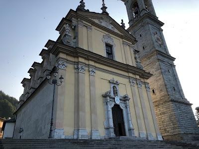 Vilminore - Parrocchia S. Maria Assunta e S. Pietro Apostolo.