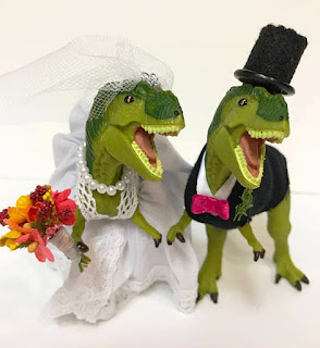 Stunning Dinosaur Wedding Cake Topper