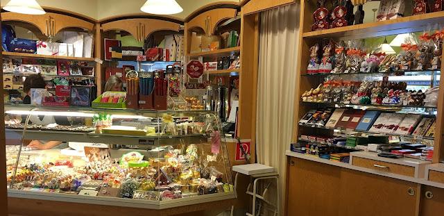 Altstadt Confiserie, Munzgasse, Salzburg, candy shop