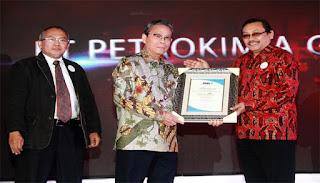 Tiga Roda Raih Penghargaan Platinum Indonesia CSR Award 2017