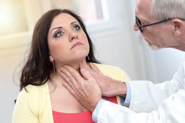 आपके आसपास मौजूद इन 10 चीजों के इस्तेमाल से बढ़ता है थायरॉइड रोग का खतरा