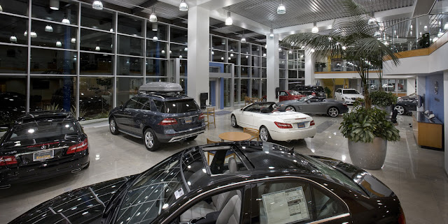 Image Attribute: Inside a car showroom / Source: Mercedes-Benz of Encino/Flickr