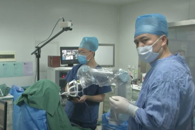 robot dentista