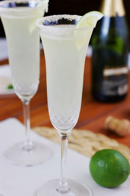 40+ Food & Drink Recipes for Cinco de Mayo Fun - Champagne Margaritas Image
