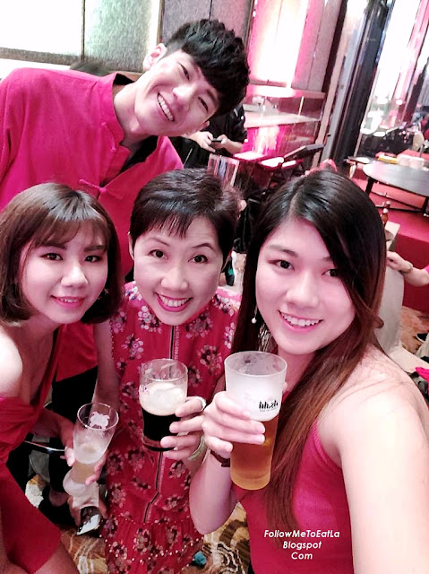 Cheers To A Wonderful 2019 Year Ahead L-R Bowie Cheong, Joyce & Tommy Tong
