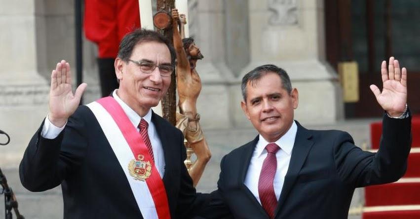 MINAGRI: Gustavo Eduardo Mostajo Ocola juramentó como nuevo Ministro de Agricultura y Riego (2 Abril 2018) www.minagri.gob.pe