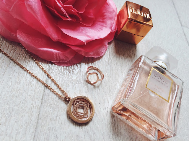 Daisy Halo Locket, Laura Whitmore Plectrum Ring, Balmi Roseberry Lip Balm & Coco Chanel Mademoiselle Eau de Parfum