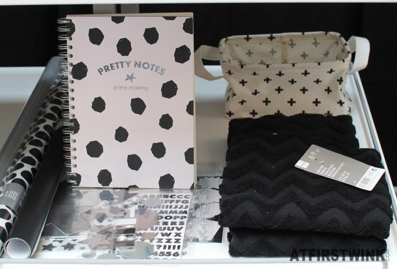 HEMA pretty notes in the making note book white black polkadot black towel white cross basket stickers wrapping paper