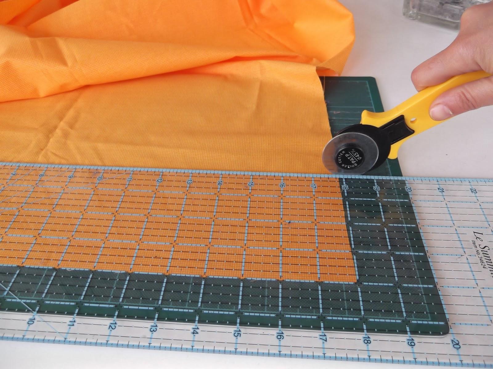 patchwork tutorials, quilting tutorials, cut a strip, roller cutter, patchwork lessons