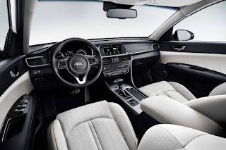 Kia Optima Sportswagon PHEV (2018) Interior