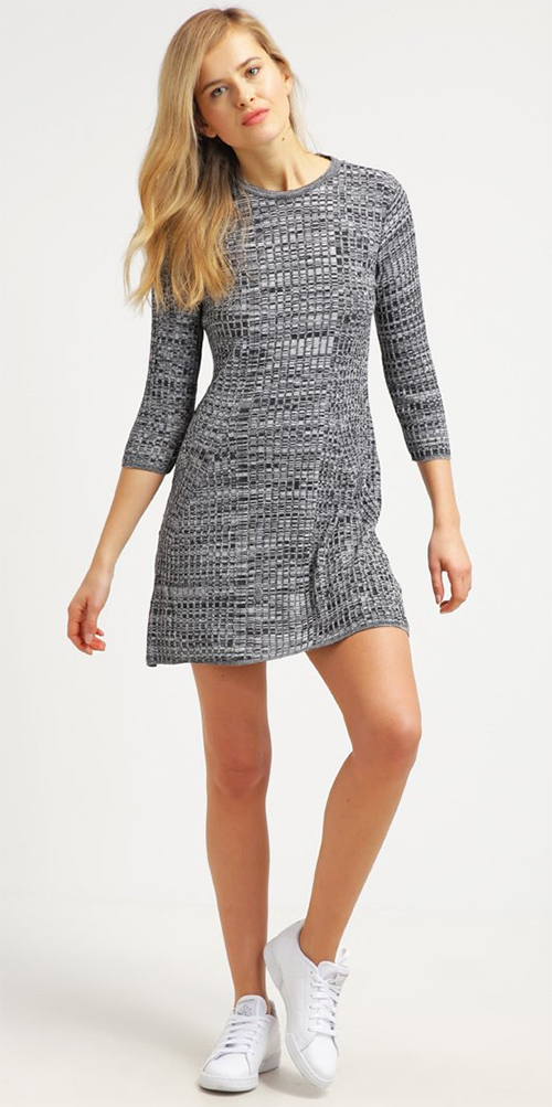 Robe pull grise Miss Selfridge