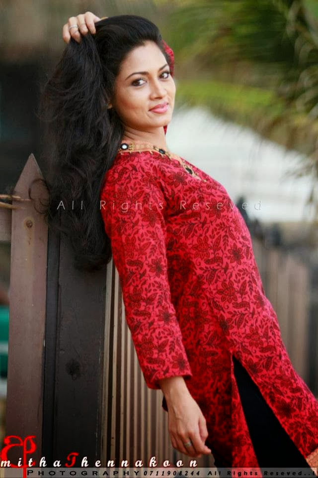 Hot sri lankan tamil teen exposes her delicious body - 1 10